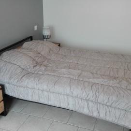 log Urbain chambre lit double